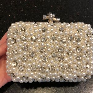 Handbags - NWOT Pearl and Crystal Clutch